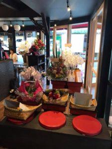 大阪府豊能郡豊野町妙見口前の『感動食堂 かめたに本店』