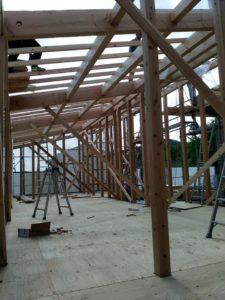 加東市「Yのサロンと住宅」今日は建方作業!