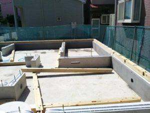 明石市「I邸新築工事」1階の床組の作業です!
